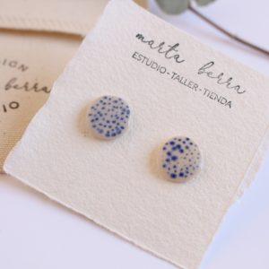 Pendientes mini puntos azules